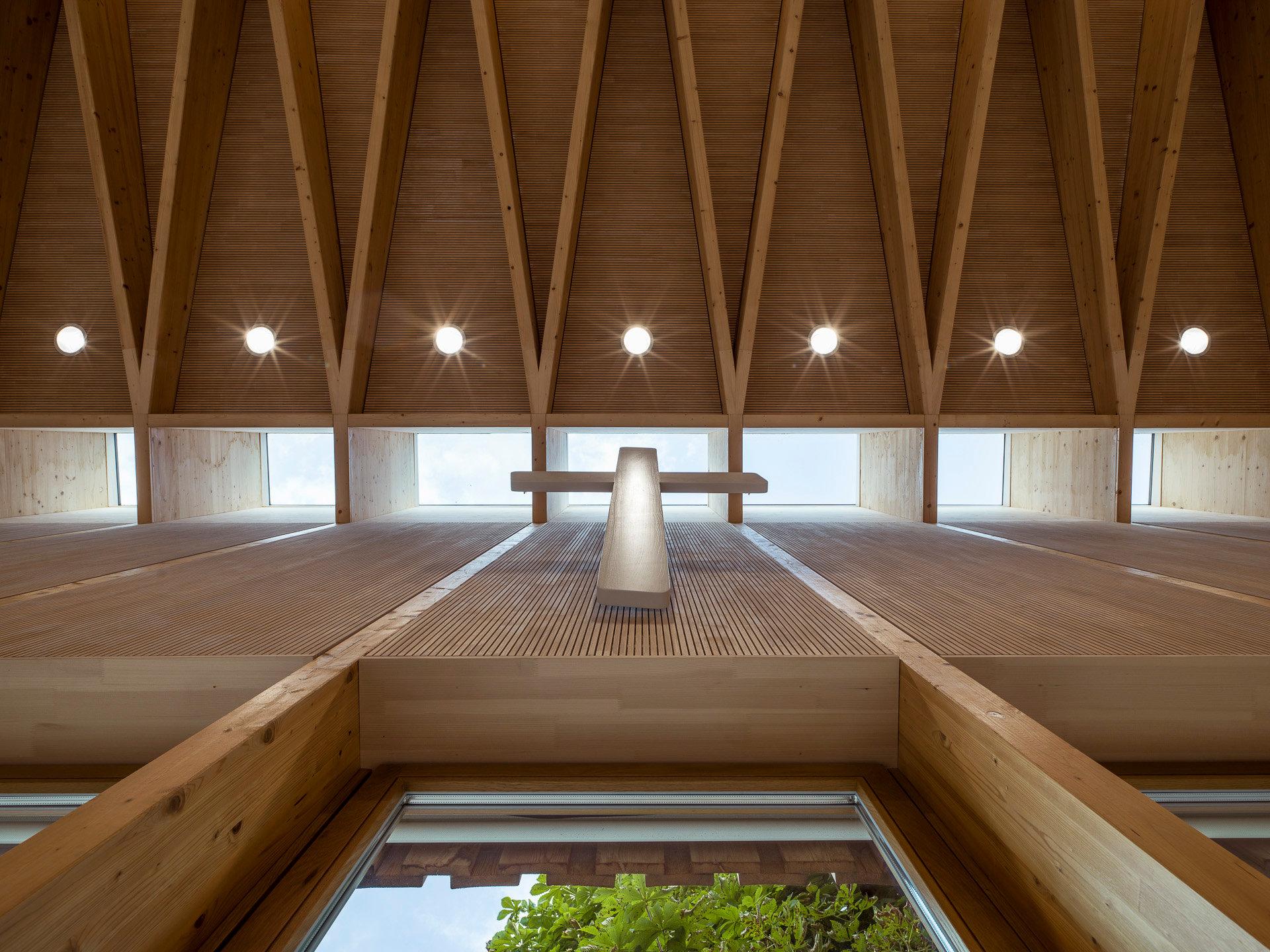Quelle: Gemeindezentrum Wiesloch; Architektur: Waechter + Waechter, Darmstadt; Foto: Ross, Heidelberg